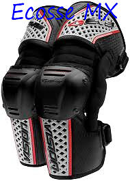 SALE NEW EVS Vision Knee Braces Adult Large Motocross Was £175 now £99.99