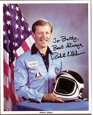 "Robert L. Gibson, NASA Astronaut, Signed 8"" x 10"" Color Photo, COA, UACC RD 036"