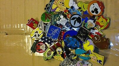 Disney Pin Trading Mixed 750 lot minimum 150-200 different pins Fast Ship USA