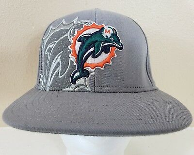 d2a6da795 Reebok Men s Hat NFL Miami Dolphins Football Fitted Baseball Cap Size ...