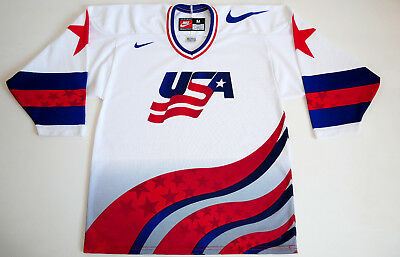 3c87aa16032 USA National Ice Hockey Team World Cup 1996 Vintage Nike Jersey size Medium  M