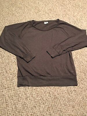 1f1cd01c45c93 PINK VICTORIAS SECRET Top Gray Crop T Shirt Size XS Logo Sleep Shirt ...