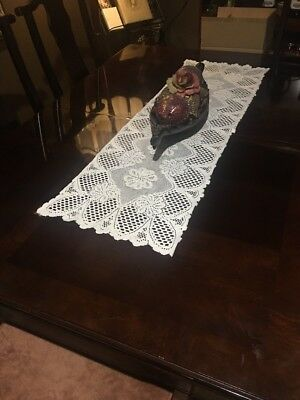 Vintage Table Runner White Lace