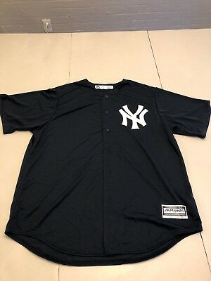 fa27d5bbd Majestic Cool Base New York Yankees Button Down Jersey XL NY Official (0024)