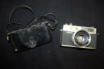 Yashica Electro 35 GSN Rangefinder 35mm Camera with 45mm f/1.7 Lens