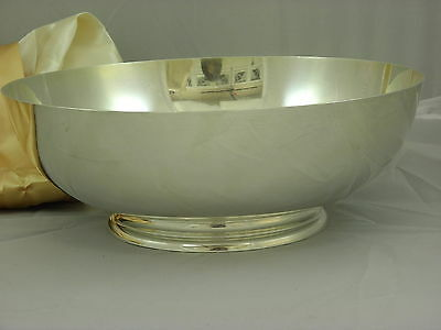 Tiffany & Co. Makers Ex Large Sterling Silver Fruit Bowl / Center Piece # 23661
