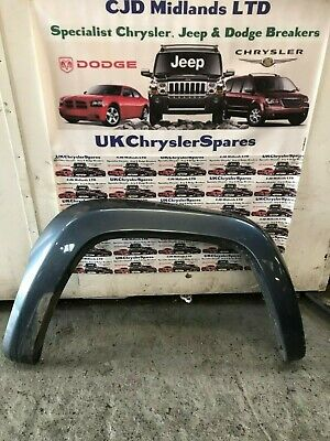 Jeep Cherokee Kj Os Driverside Right Front Wheel Arch Moulding 2001-05
