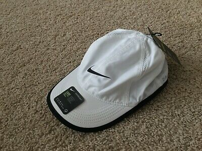 050c0d1ee59 NEW WOMEN S NIKE Dri-Fit Featherlight Adjustable Hat (679424-814 ...