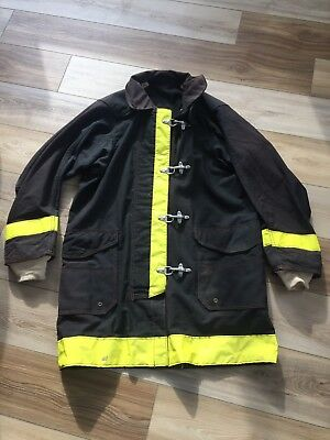 Fyrepel Firefighter Jacket Outer Shell Size 42. USED