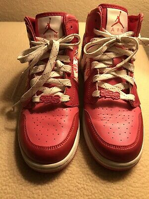a2b2ed299d NIKE VALENTINES HEARTS Red White Womens 6.5 Shoes 2004 Vintage ...