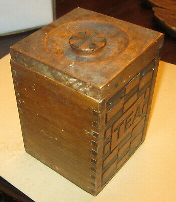 """Antique """"Scotty dog"""" oak tea caddy with dovetailed construction"""