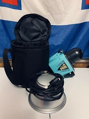 Limited Edition Navajo Turquoise Alien Bees B800 Flash w/Modeling Lamp, Case