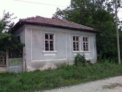 House To Renovate In Kesarevo, Bulgaria