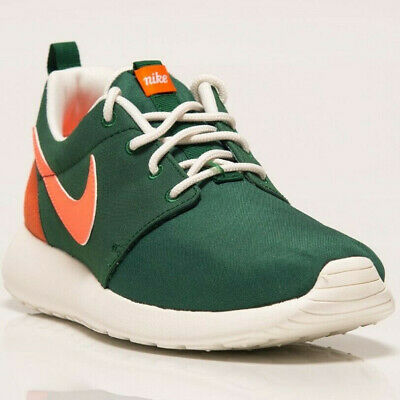 separation shoes 42f8f fc4ac Nike Roshe One Retro Women s New Green Lilestyle Shoes Last sizes 820200-381