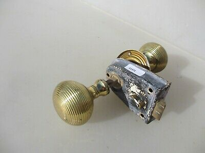 Vintage Brass Door Latch Lock Wooden Knobs Handles Bathroom Bolt Old Beehive