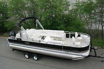 New 24  fish and fun tritoon with 175 four stroke and trailer