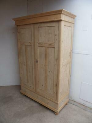 A Wonderful 3 Panel Antique/Old Pine Knockdown Wardrobe to Paint/Wax