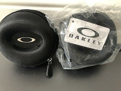 9d714f515a Oakley Watch Large Soft Vault Case. Brand New... Listing For 1 Unopened