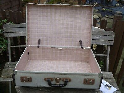 1950's Vintage BEIGE  & Brown Trim Suitcase Cheney Locks no key