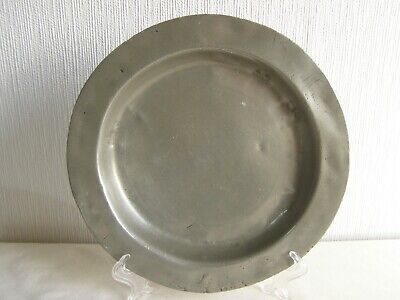 Antique English pewter plate 22.5 cm