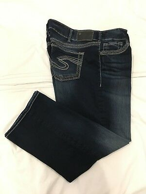 61b57e28243 ... Rise Capri Fluid Denim Size 28 X 22 1 2 Medium Wash.  15.00 1 Bid 2d  12h. See Details. ( - ) SILVER JEANS   Womens Stretch SUKI MID CAPRI Blue  Jeans