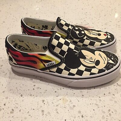 cd342c1bf2 Women s VANS x Disney Shoes size 7 Mickey Mouse Minnie Slip On Shoes NWT!