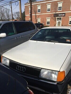 1989 Audi 100  1989 AUDI 100, AUTOMATIC. Excellent Condition for it's Age, LITTLE OLD LADY CAR!