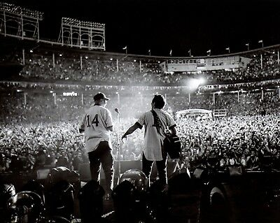 Pearl Jam Ernie Banks Eddie Vedder 8x10 photo 2013 Wrigley not Missoula Mumford