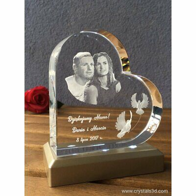 A 3D crystal heart - a personalised gift with 3D picture - 2 faces - for parents
