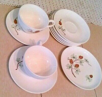 Vintage Stetson Marcrest Brown Pine Cone 2-Coffee Cups 8-Saucers 1- Bread Plate