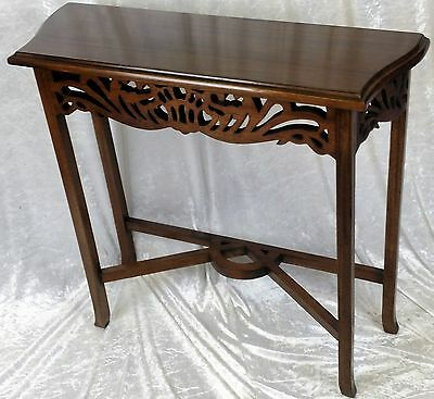 Beautiful New Solid Mahogany Hall Table. Free Delivery
