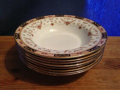 8 Elizabethan Wide Rimmed Bowls in the Olde England Pattern - Hand Decorated