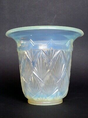 VASE en verre opalescent ETLING FRANCE époque ART DECO