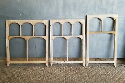 RECLAIMED STRIPPED PINE SASH WINDOW 2 AVAIL FOR GLAZING OR CHALK BOARD Ref M1262
