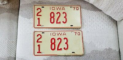 Vintage 1970 Iowa Low Number License Plate Pair Number 823