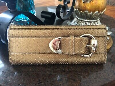 0a8c8984766070 GUCCI PYTHON ROMY Buckle Gold Patent Leather Clutch - $212.50 | PicClick