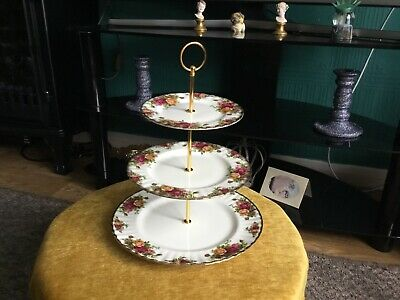 Old Country Roses 3-Tier Cake Stand, Centre Pole, England, Royal Albert