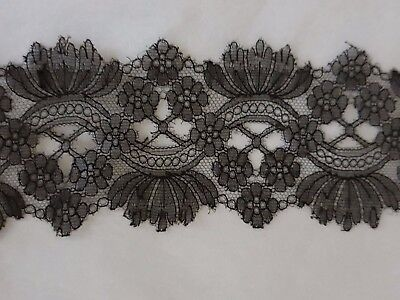 """STUNNING CHANTILLY LACE INSERTION 52"""" by 3"""" very fine & delicate. Perfect"""