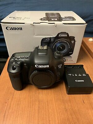 Canon EOS 7D Mark II Camera With Canon Battery Grip