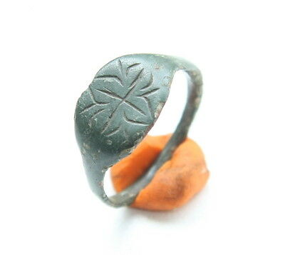 Ancient Bronze Finger Ring With Floral Ornament (MAX)
