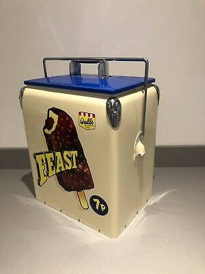 Vintage Style Walls Feast Ice Cream Insulated Cool Box