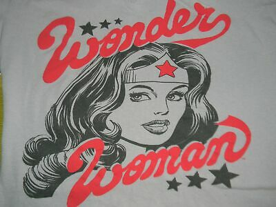 a6667c35f13bb women s juniors small WONDER WOMAN gray t shirt DC Comics super hero Hot  Topic
