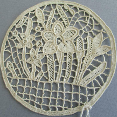 Antique HM Round Medallion POINT de VENISE Italian Needlelace * DAFFODIL Flowers