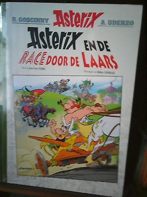 Asterix En De Race Door De Laars (Groot Formaat)