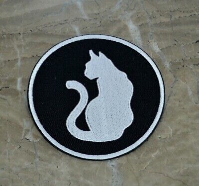 patch , chat blanc, broder et thermocollant , 9cm