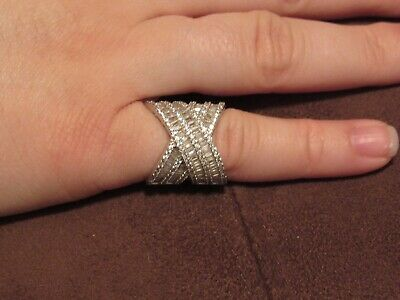 41ed048c7 145--CN-FZN STERLING SILVER Ring 925-Lots Of Stones--Looks Like A ...