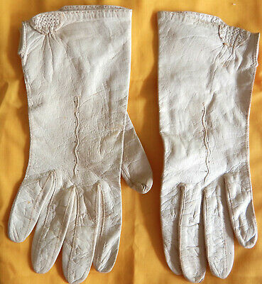 Gorgeous soft cream fine leather vintage dress gloves size 6.5 - 7