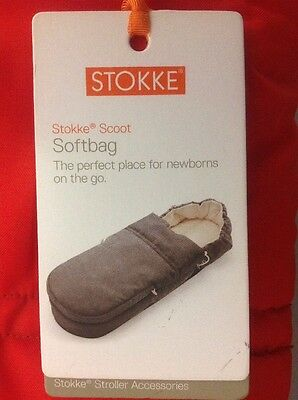 Stokke Scoot Soft bay, Cosy Toes, Ex Display, Red, With Tags,