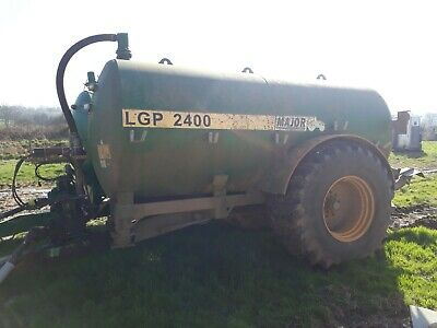 Major 2400 slurry tanker 2012 with Alliance 30.5x32 tyres v good condition