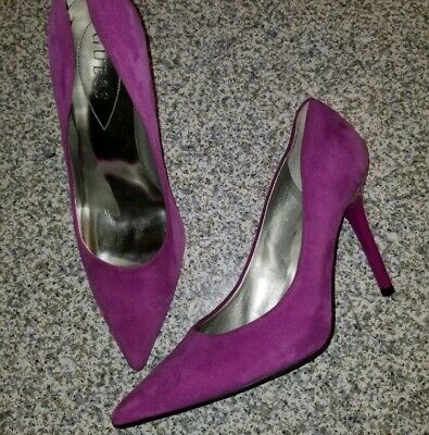 15dd6e3e660 PINK SUEDE LEATHER Sz 8.5 LEATHER Pointy Toe Stiletto Heel PUMPS ...